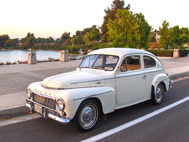 58 Volvo 444  fr