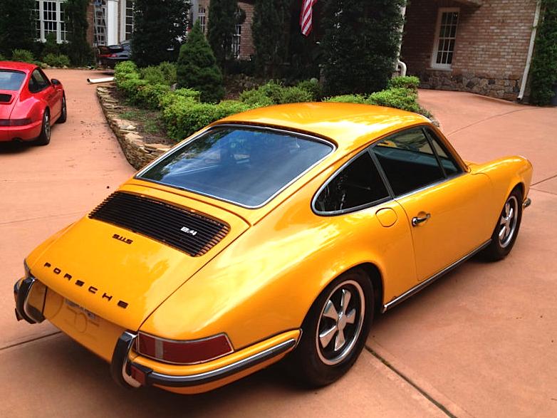 72-Porsche-911S-re.jpg