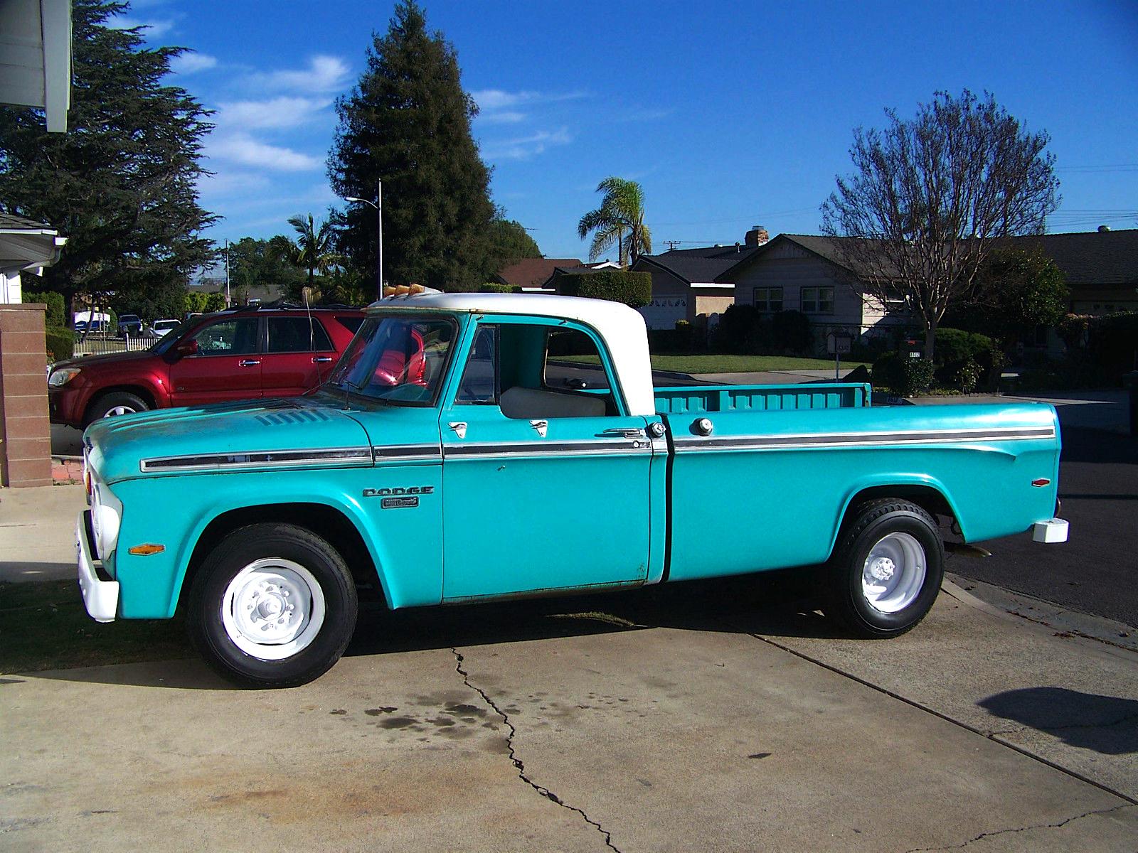 Camper Special: '66 Dodge D200   Mint2Me